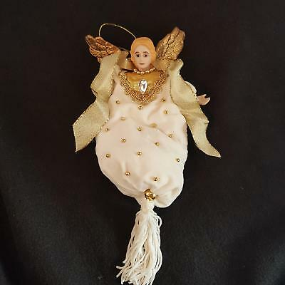 Avon Gift Collection Victorian Angel April Birthstone Simulated Diamond 1996