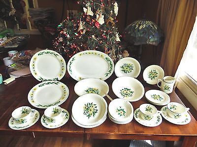 29 VINTAGE EDWIN KNOWLES DAISY CHAIN IRONSTONE 1950s ERA PLATES SERVING BOWLS +
