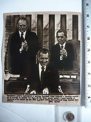 Vintage AP Wire Press Photo 1974 Watergate Nixon Ovation State Of The Union