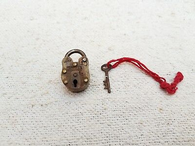 1950's Vintage Honesty 8 Lever Brass Padlock With Original Key