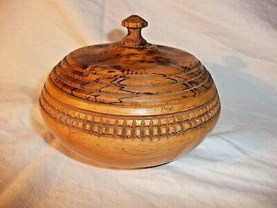 Vintage Turned Wood Bowl Pot With Lid Lovely Grain and Geometric Carving Pattern