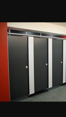 Toilet Cubicles, Sunbed Changing Cubicles & Beauty Rooms