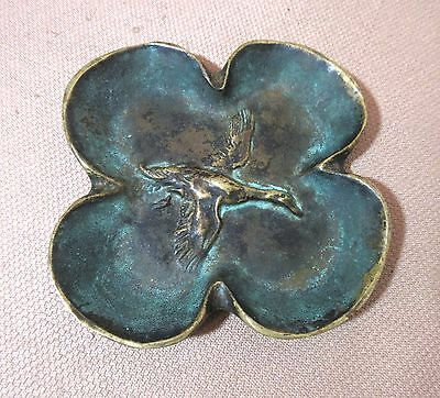 antique solid thick bronze 4 leaf clover bird duck cigarette ashtray brass tray