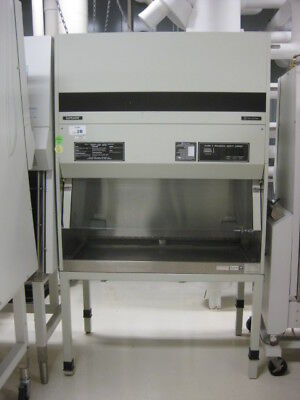 Fisher Hamilton SafeAire Model 54L924 Biologicial Safety Cabinet Class II