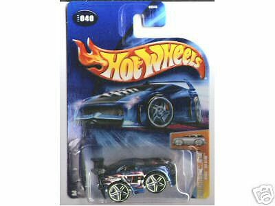 Hot Wheels 2004 FE 040 First Edition Blings Out-A-Line