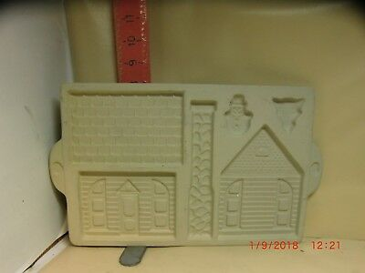 The Pampered Chef Gingerbread House Mold - 1992 , Looks New , No Box Though
