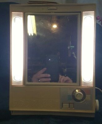 Vintage Clairol True To Light II Makeup Vanity Mirror LM-2 1970's