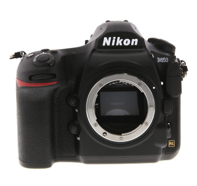 Neuf Nikon D850 DSLR Camera (Body Only)