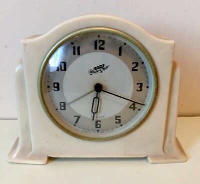 """Smiths Musical Bakelite Case With Winding Movement Clock GWO  6""""H 7""""W 2""""D"""