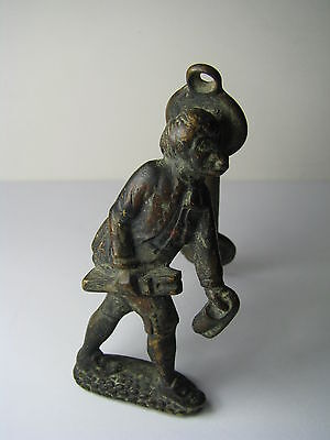 "BRONZE DOOR KNOCKER DOORKNOCKER ""Tom Chrudd of Unicorn Inn"" England ca1900s"
