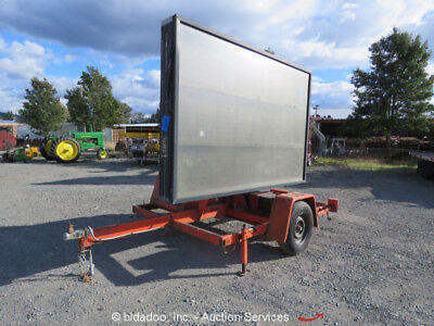 Addco DH 1000 Towable S/A Changeable Message Board Arrow DOT Sign Duetz Diesel