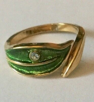 Avon Vintage Goldtone Green Leaf with a Rhinestone Ring Size 7