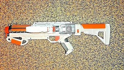 Star Wars Nerf Stormtrooper Deluxe Blaster ammo clip included