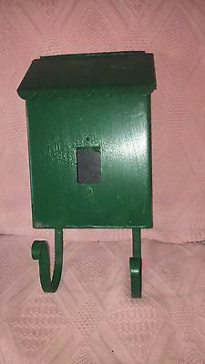 Vintage Green Metal Porch Mailbox / Newspaper Holder Hinged Top Cut Out Front