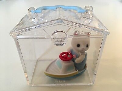 CALICO CRITTERS Baby Cat on a Boat Mini Carry Case Mint Condition