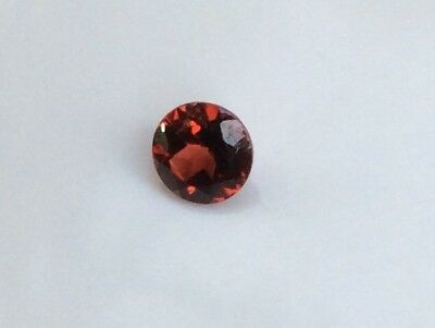 1 Pc Round Cut Shape Natural Garnet 5Mm Loose Gemstone