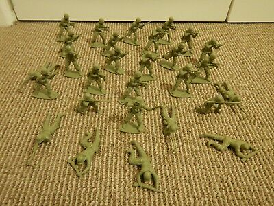 Vintage AirfixWW2 American US Army Infantry Plastic Toy Soldiers (1970's)
