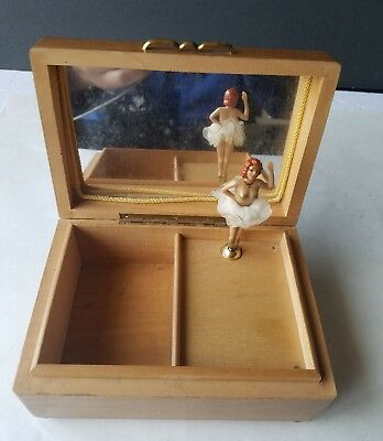 vtg dancing ballerina make up box jewerly box . An der schonen blauen donau.