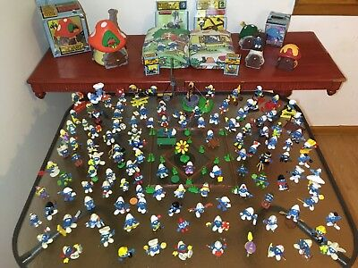 Vintage lot of Smurf Toys 1970's Peyo Schleich Figues and Houses