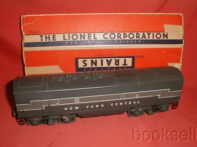 Original And Vintage 1953-55 Lionel Postwar New York Central B Unit Engine W/box