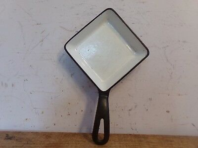 Vintage GRISWOLD 129 A Cast Iron Square Egg Cooking Skillet w/ white/porcelain