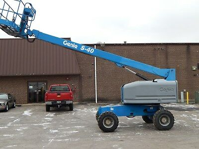 2006 Genie S-40 Boom Lift - 1302 Hours - $500 Delivery in the US!