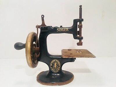 """Antique Toy Sewing Machine Painted Cast Iron Singer 7"""" Turn Crank Childrens"""