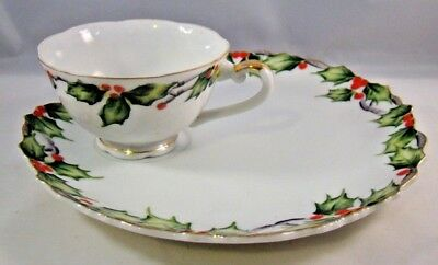 Lefton China Snack Set Plus One Extra Holly Garland Plate Cup Christmas Holiday