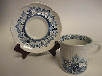 J & G Meakin Sterling Blue Vine Cup & Saucer England White Blue Grapes/Leaves