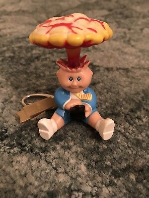 GARBAGE PAIL KIDS ADAM BOMB/BLASTED BILLY KEYCHAIN KEYRING, ULTRA RARE, 1980's.