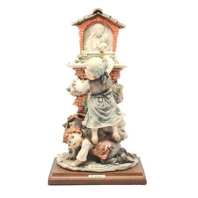 """Giuseppe Armani Collectible Figurine """" Flowers to the Madonna"""" with Box"""