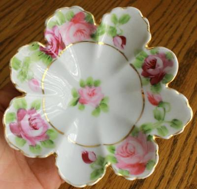 "Antique 5 3/8"" Diameter Nippon Hand Painted Petal Shaped Pin Dish w Gold Trim"