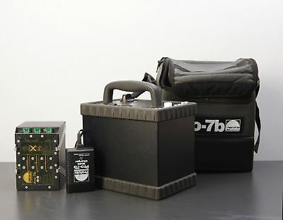 Profoto 7B 1200 WS  Battery Powered Strobe with case , charger and battery