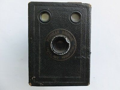 Vintage Kodak Popular Box Brownie   Camera