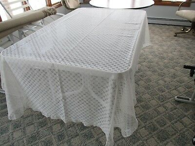 Vtg White LACE Eyelet Ruffle Tablecloth ~Pretty! 102x62'' oblong Clean