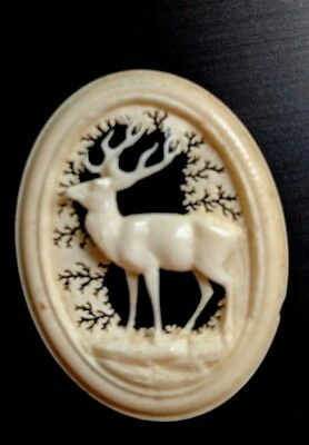 """Antique Victorian Hand Carved Buck Deer Natural Piece Oval 1 1/2"""" x 1 1/4"""" B96"""