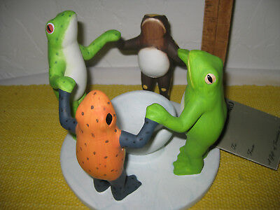 FROGS! Penco Circles Of The World Circle of Friends Ceramic Candle Holder FROGS!