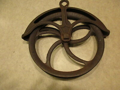 """Antique Primitive Cast Iron Metal 10.5"""" Farm Well Pulley, Wheel Style Steampunk"""