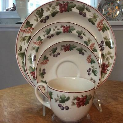 Wedgwood Provence Queensware FOUR piece place setting ca. 1990