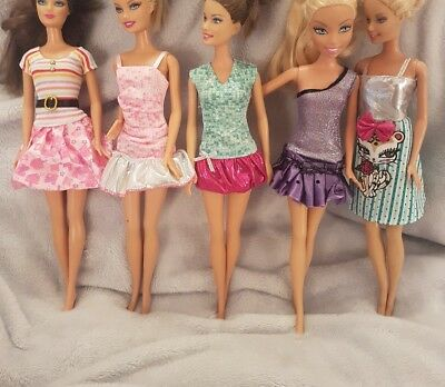 New Barbie doll outfits/ clothes/ dress x5 and x5 pairs of shoes      (lot 15)