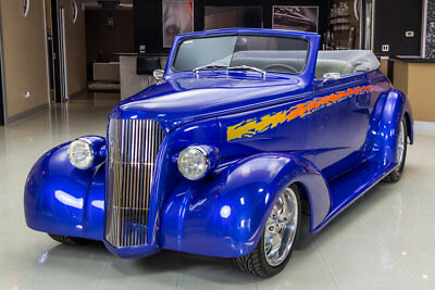 1937 Chevrolet Cabriolet Street Rod Professional Build! GM 350ci V8, TH350 Automatic, Vintage A/C, PB, Over $95k Inv