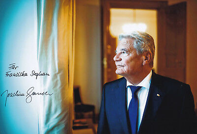 Joachim GAUCK (1940) original sign.photo (20x30cm) AUTOGRAPH