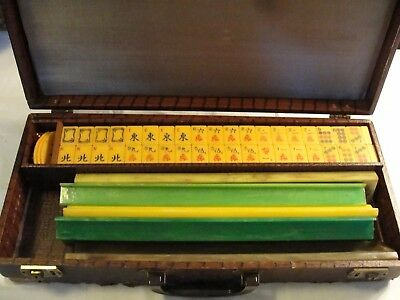 Vintage Bakelite Mah Jong Set With Dragons 152 Tiles