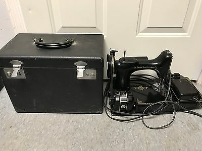 Vintage Singer Sewing Machine with case 221