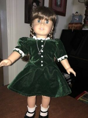 American Girl Molly Doll In Christmas Dress W Necklace