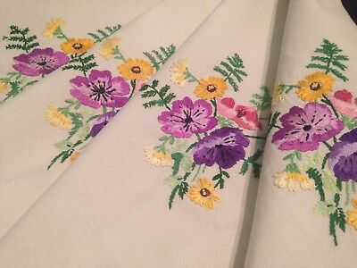 Vintage Hand Embroidered Cream Linen Tablecloth SUPERB RAISED FLORAL EMBROIDERY