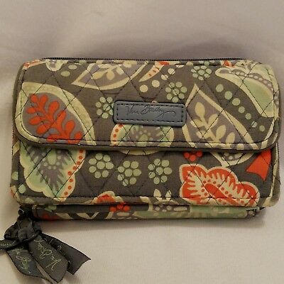 Vera Bradley All in One Wallet Nomadic Floral Print Snaps Zippers Credit Cards
