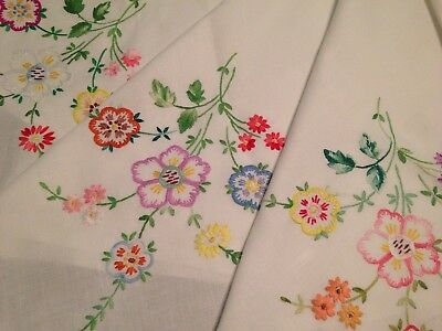 Vintage Hand Embroidered Linen Tablecloth BEAUTIFUL FLOWERS