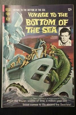Voyage to the Bottom of the Sea 8 (1967, Gold Key) Beautiful, High-grade copy!