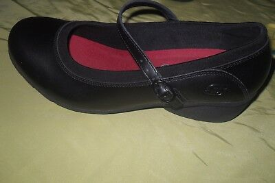 WOMENS SHOES Skechers Black Mary Jane Wedges NON SLIP  Size 9.5 M GREAT